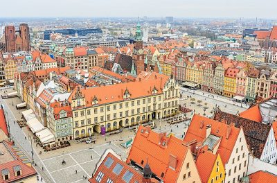800px-Rynek_Starego_Miasta_We_Wroclawiu_(152991773)
